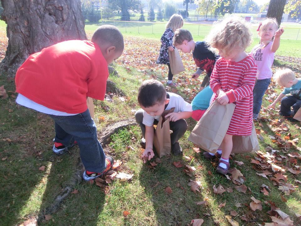 kids-fall-leaves-1